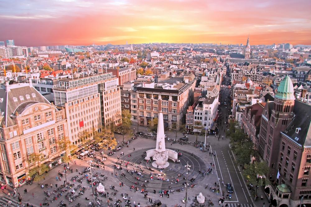 アムステルダム市、ポストコロナ経済を回復させる「ドーナツモデル」を採用