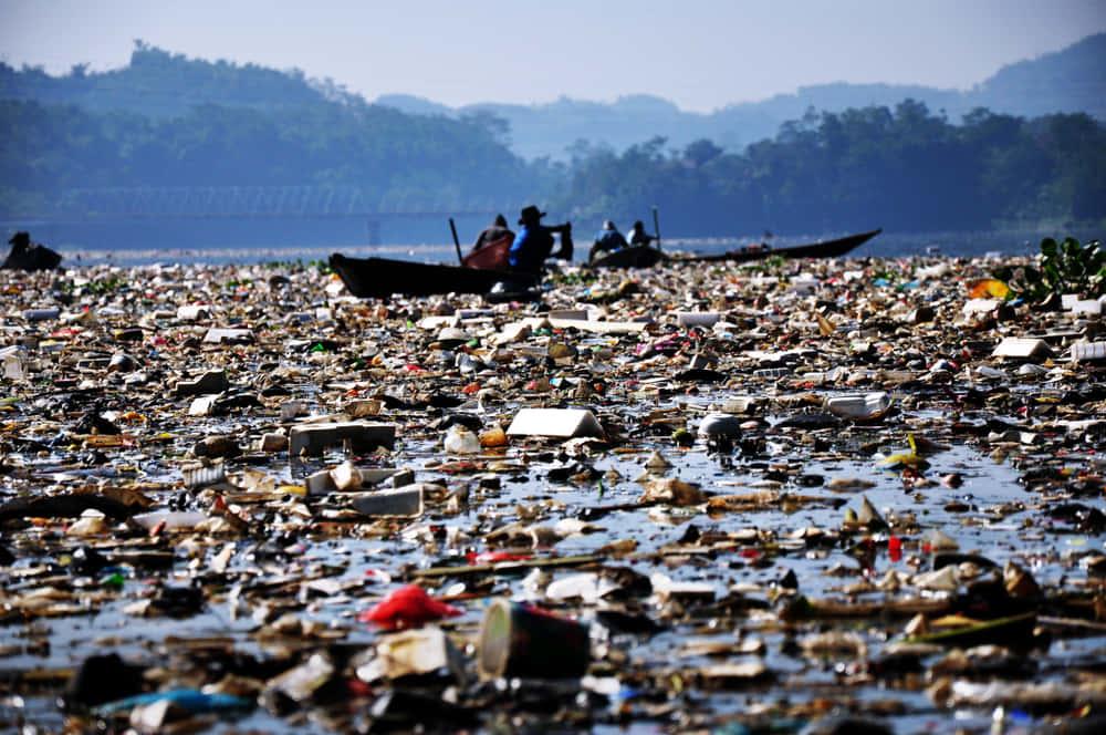 インドネシアのゴミ問題を解決する。ソーシャルスタートアップ「Waste4Change」の挑戦