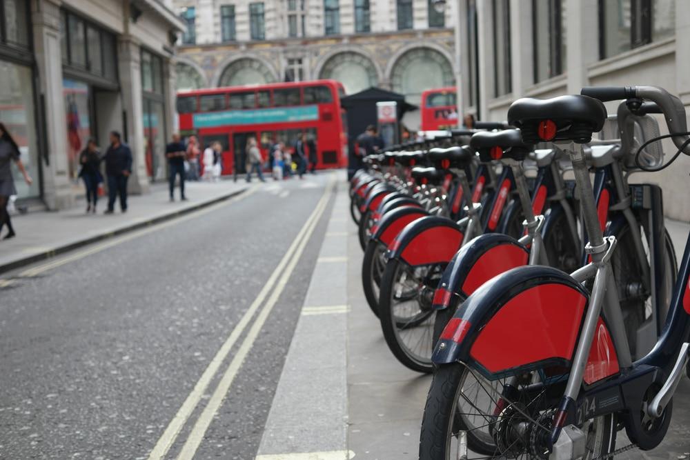 英政府、サイクリングとウォーキング推進に20億ポンド。コロナ後を見据えた交通政策を公表