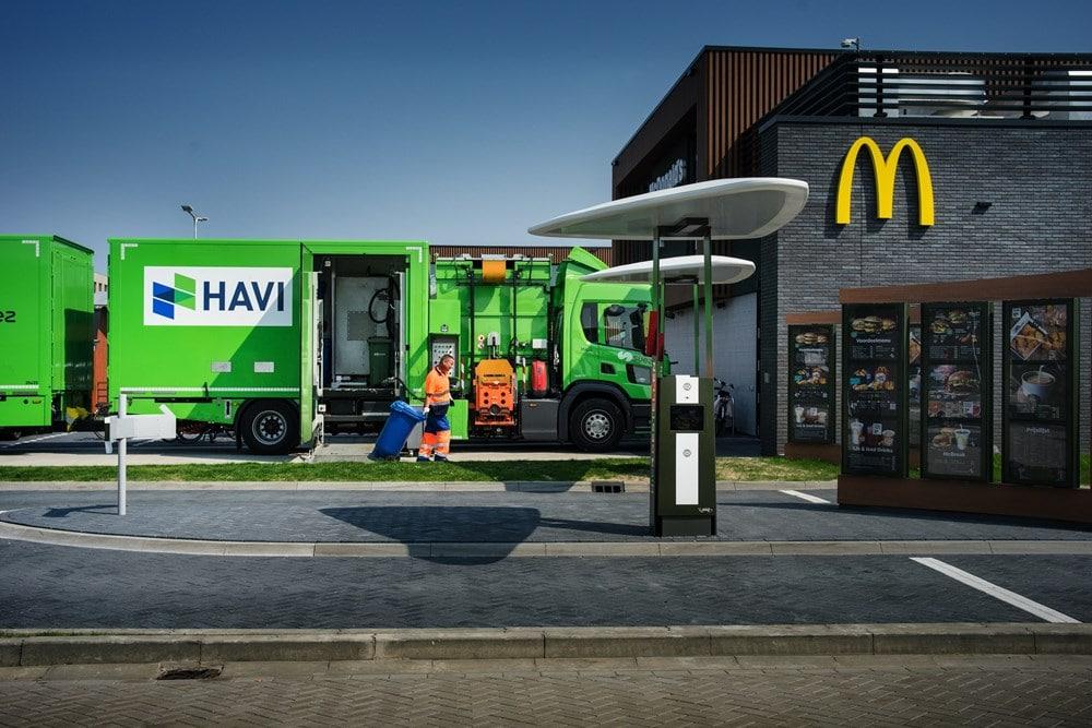 ネステ、蘭マクドナルドの使用済み油回収事業を発表。HAVI輸送車の燃料に利用
