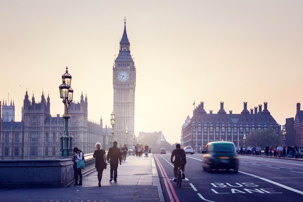 英国気候変動委員会、グリーンリカバリーに向けた政策提言を発表