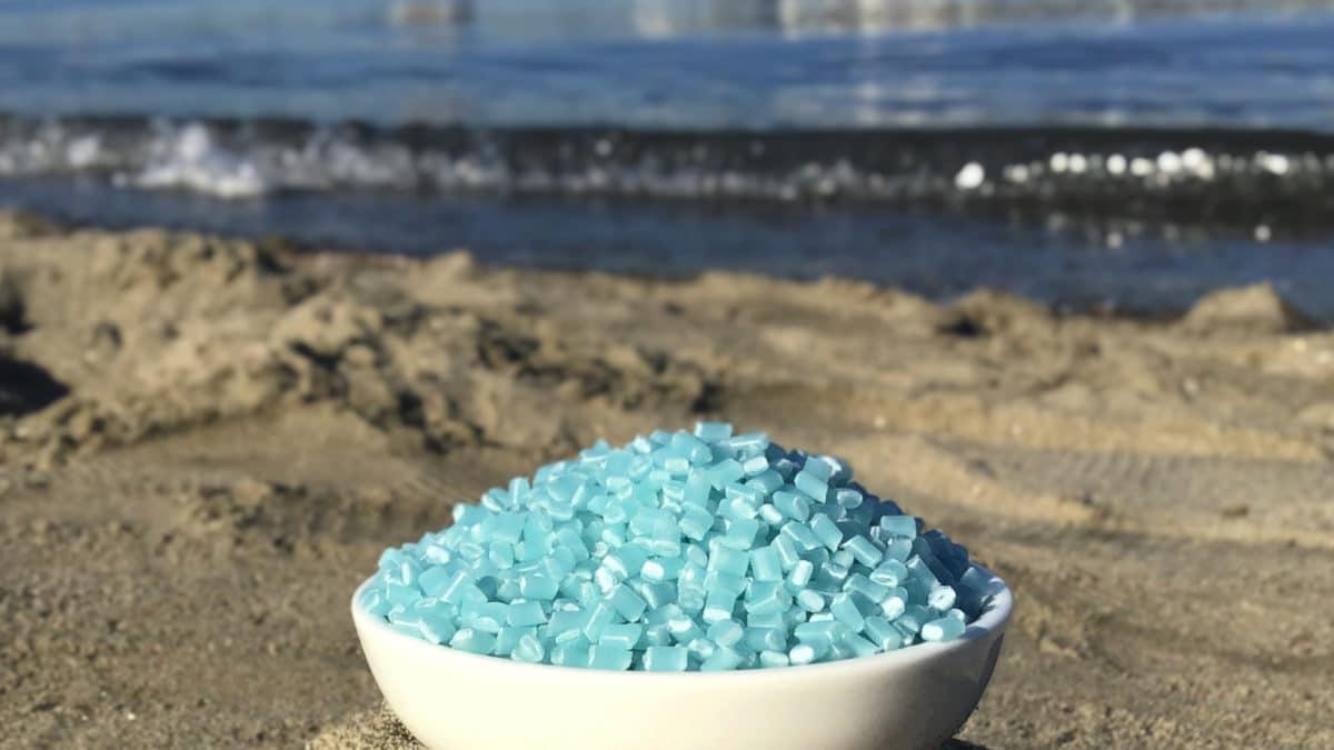 パイロット、国内初の海洋プラごみをリサイクルした再生樹脂使用ボールペンを発売