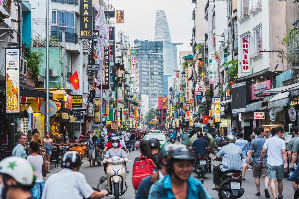 世界経済フォーラムとベトナム政府、プラごみ問題に取り組むためのパートナーシップを締結