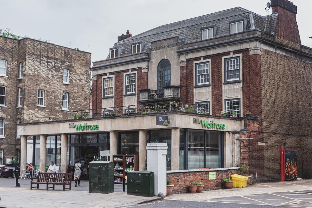 英高級スーパーのWaitrose、グリーンピースによるプラスチック削減状況の評価で2年連続1位にランク。量り売りの拡大へ