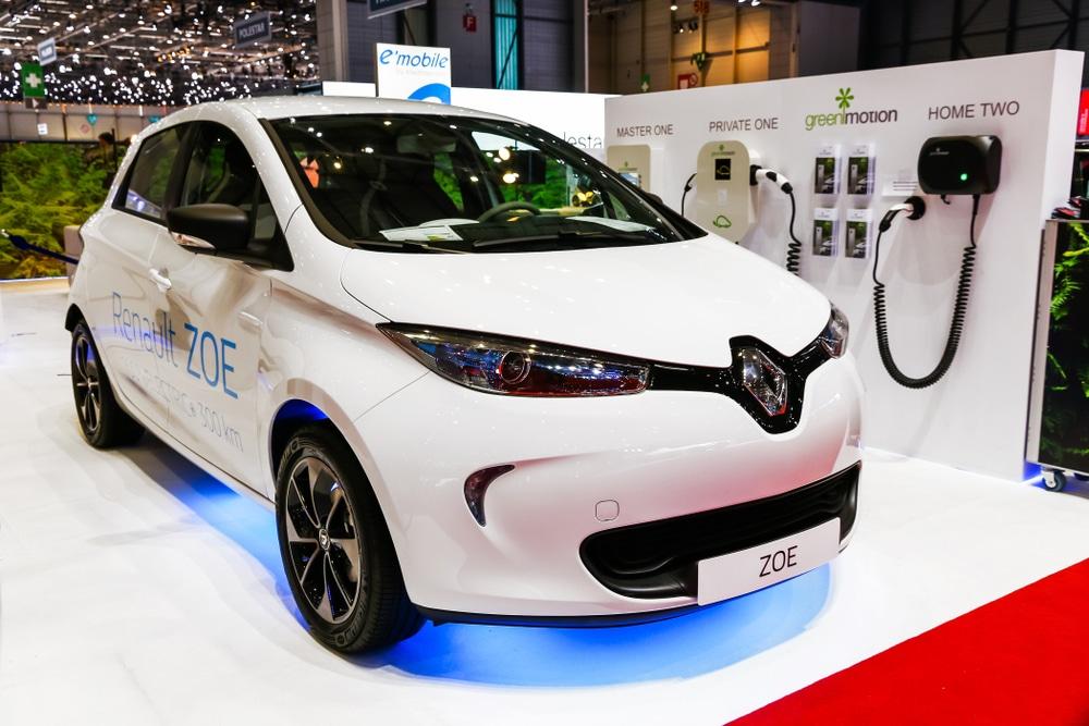 仏ルノー、ヴェオリア・ソルベイとの事業提携を発表。EV用電池リサイクルを強化
