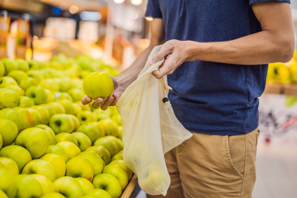 Closed Loop Partners、使い捨てレジ袋を再設計する「Beyond the Bag」チャレンジの受賞9社を発表。各社の受賞内容とは?