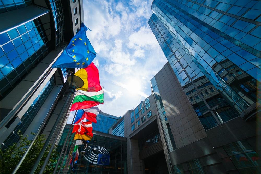欧州議会、サーキュラーエコノミー移行実現へ決議を採択。原材料使用に関する2030年目標設定を欧州委に要求