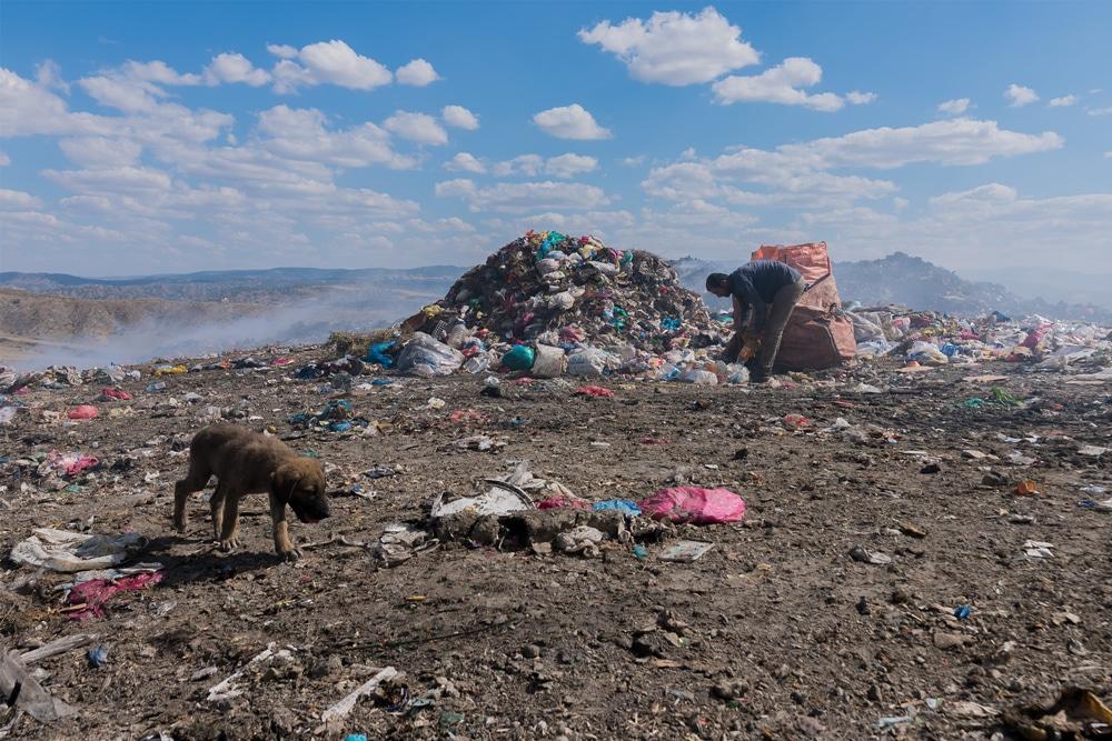 英独のプラごみ、トルコで大量に不法投棄。グリーンピースが指摘