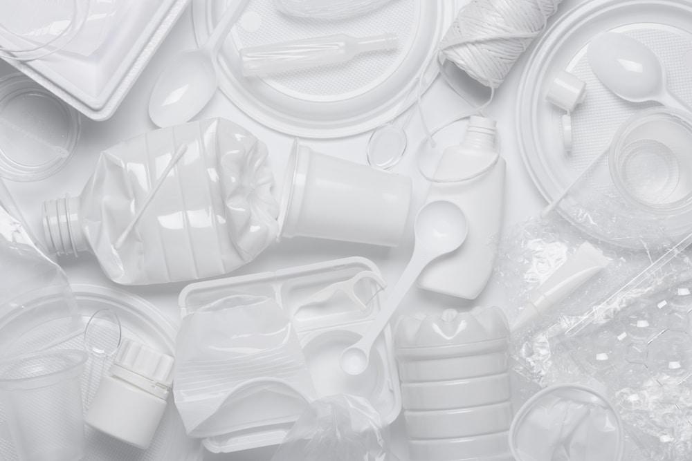 プラスチック新法案が2022年4月に施行へ。ライフサイクル全般でプラ資源循環促進を目指す