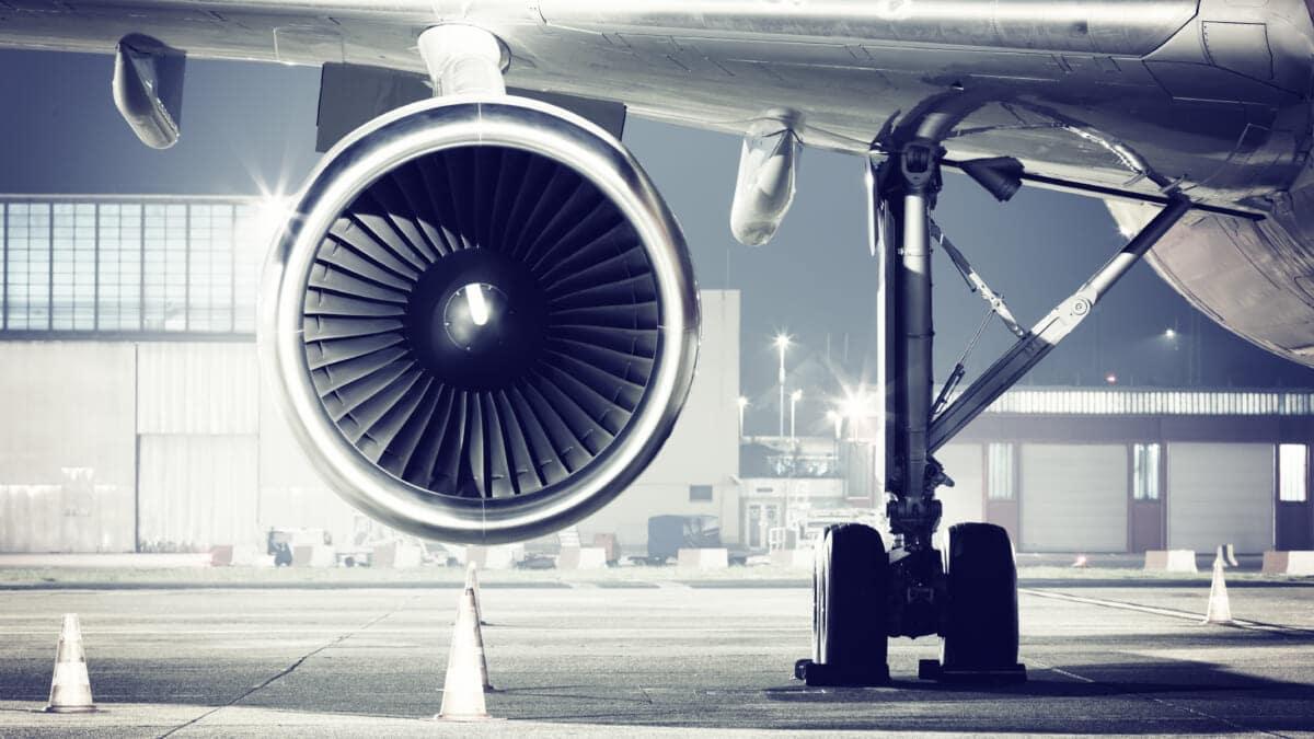 シェルとロールス・ロイス、航空業界の脱炭素化を共同で推進する覚書を締結