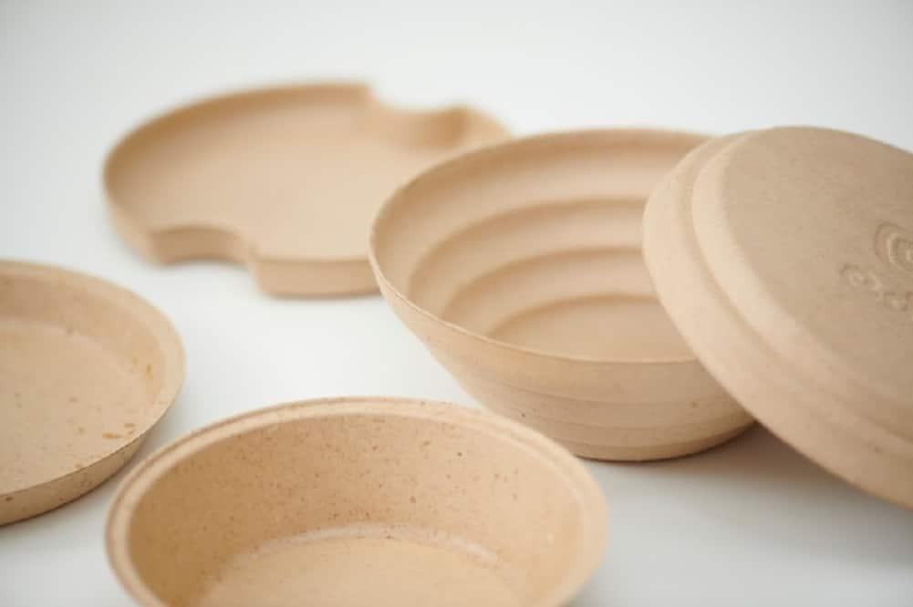 環境省、丸紅の「循環型食器edish」を実証事業に採択。食品廃材製の食器を堆肥化し野菜を栽培
