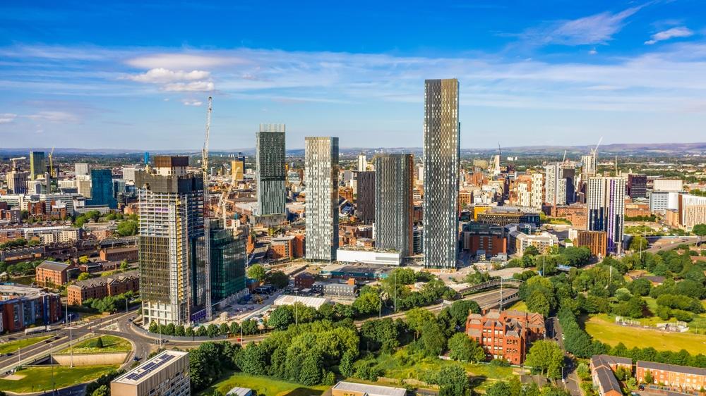 マンチェスター気候変動パートナーシップ、2023年から新築ビルをゼロカーボンにする案を承認
