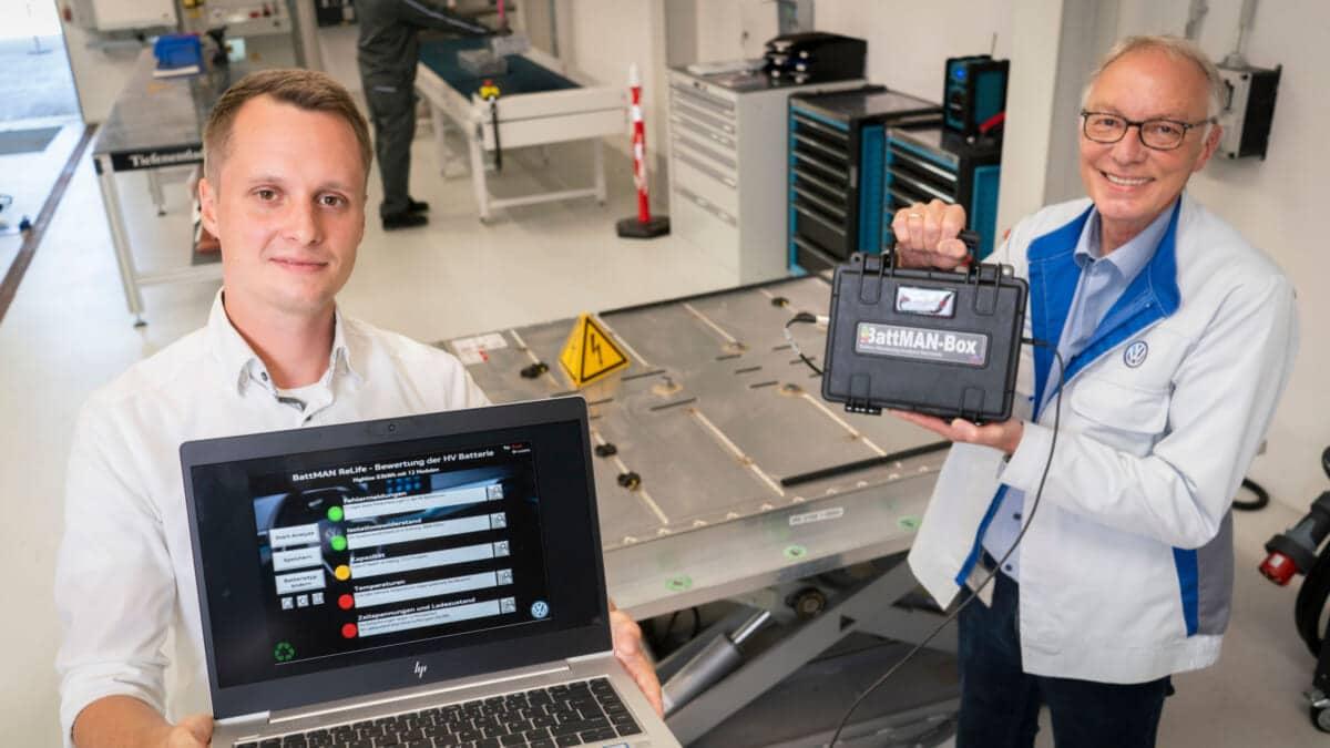 フォルクスワーゲンの新ソフトウェアBattMAN ReLife、バッテリーの状態を数分で診断。バッテリーの再利用やリマン、リサイクルの促進へ